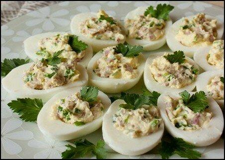 Яйца фаршированные ветчиной