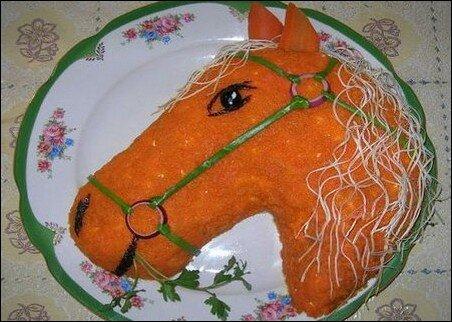 Новогодний салат«Лошадь»